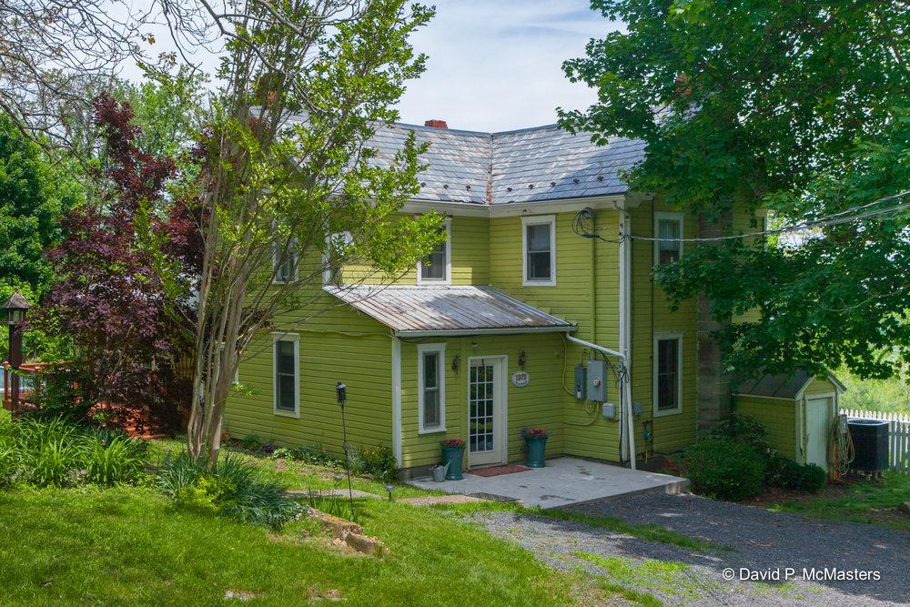 farm-back of house 4.jpg