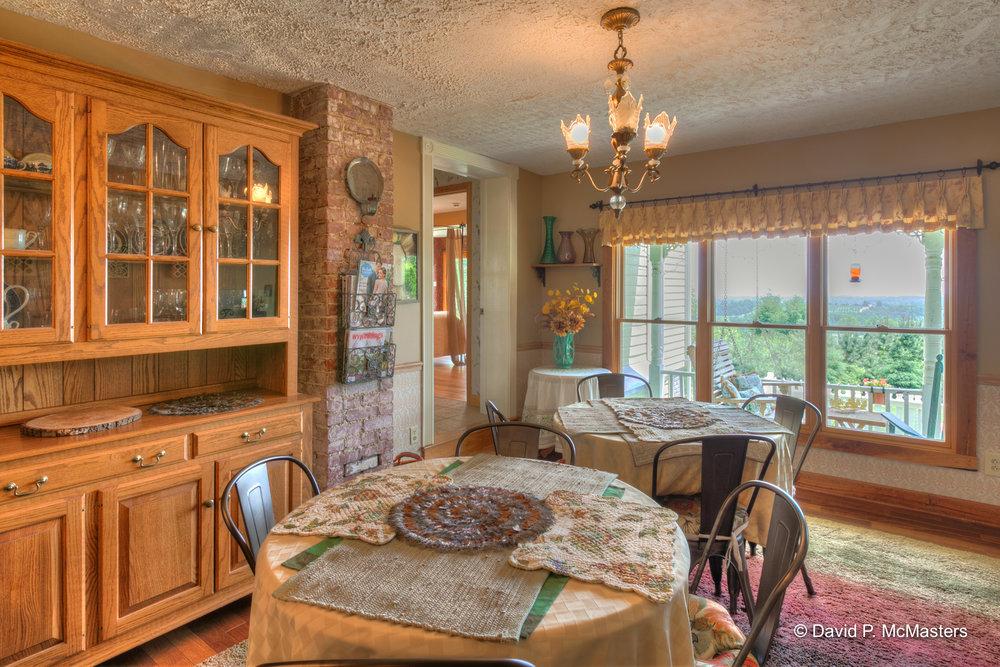 farm-dining room 1.jpg