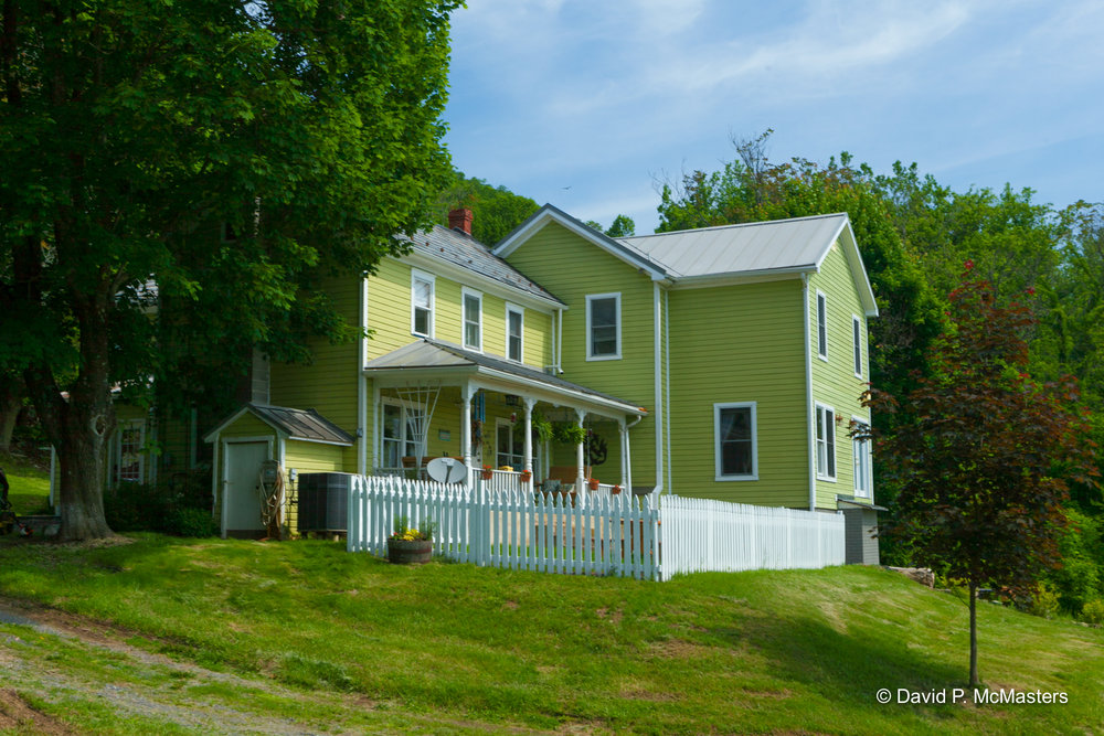 farm-farmhouse 2.jpg