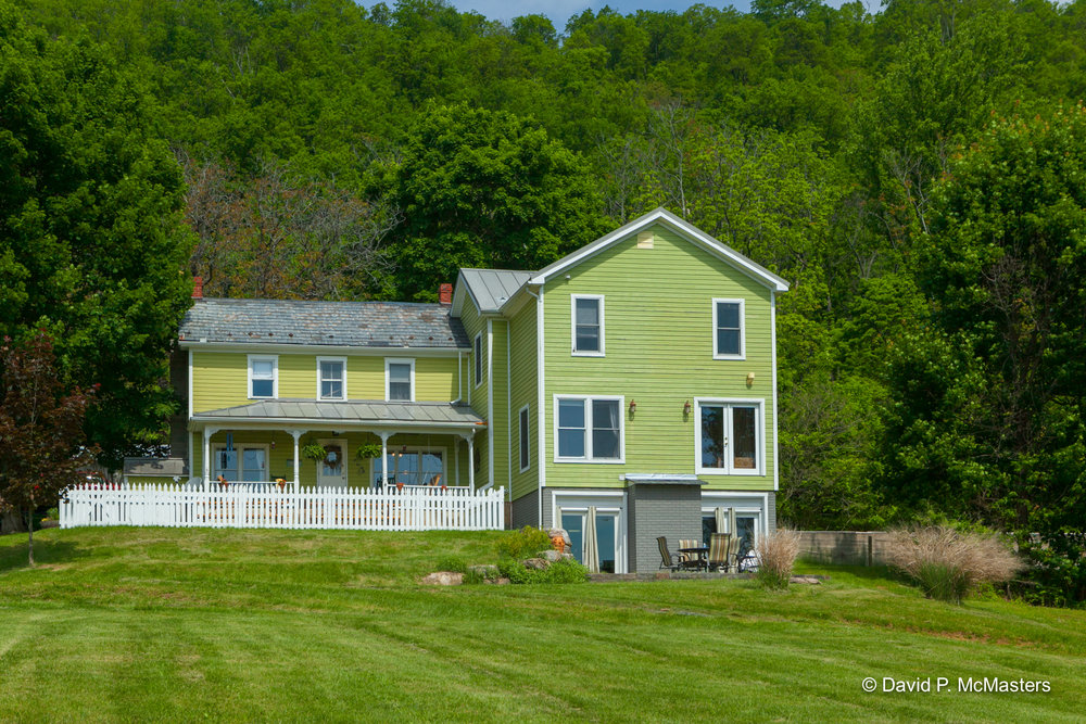 farm-farmhouse 3.jpg