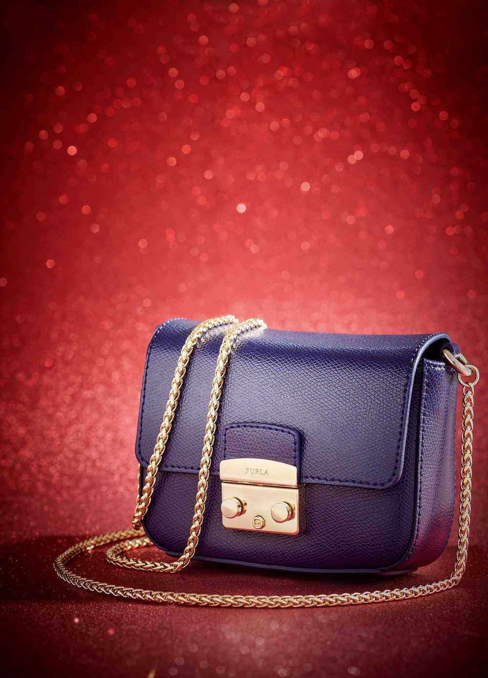 Tamara-Elphick-Furla-Christmas-British-Airways.jpg