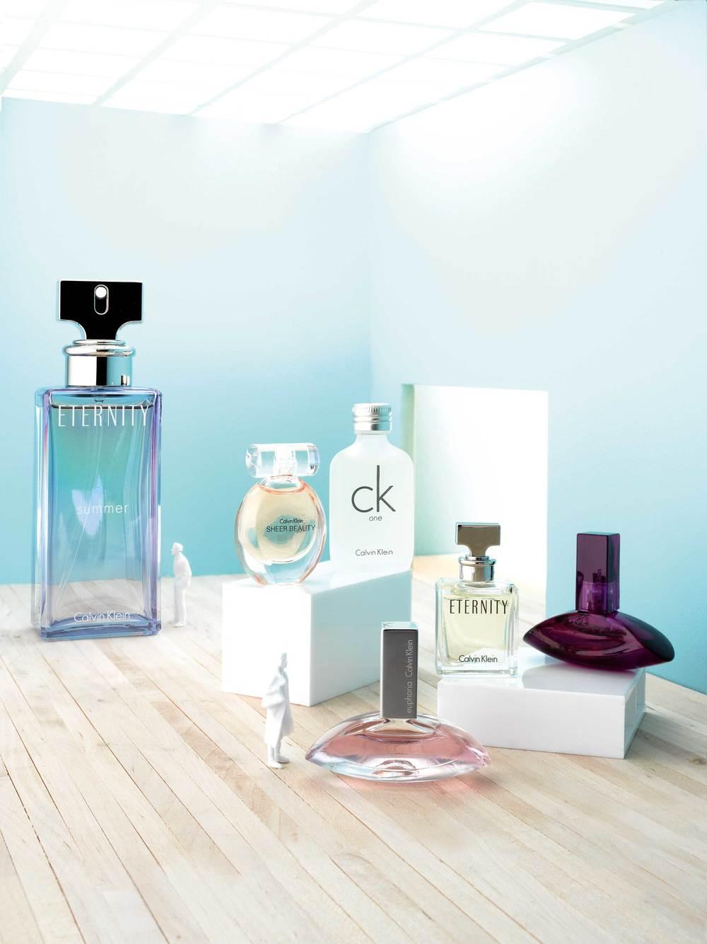 Tamara-Elphick-Miniatue-Calvin-Klein-Perfume