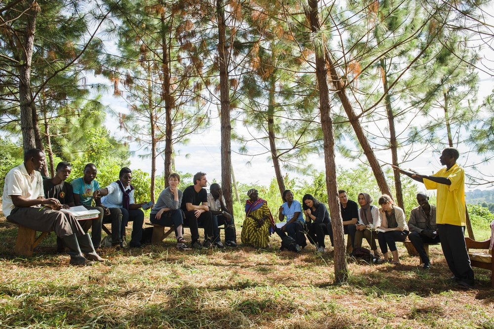 Meeting between farmers from Kichwamba coffee farm, WaterAid and Project Waterfall. Photo credit: Eliza Powell Photography