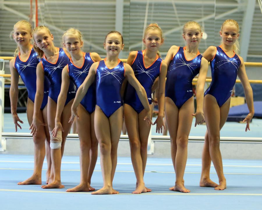 Van links naar rechts: Alisha van Meel, Kiki Hop, Camey Riezebos, Gaya Mathijsen, Rosalie Kramp, Loes Luijckx, Kato Kruse