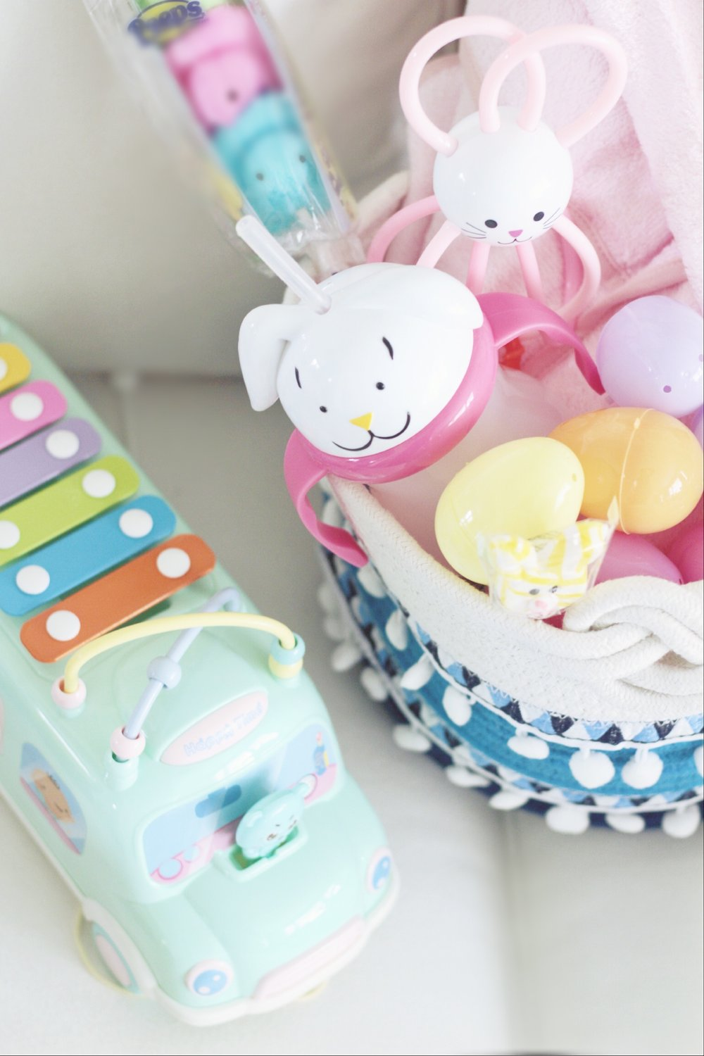 this adorable little xylophone bus is perfect for busy babies - i have a feeling finn will love it too!
