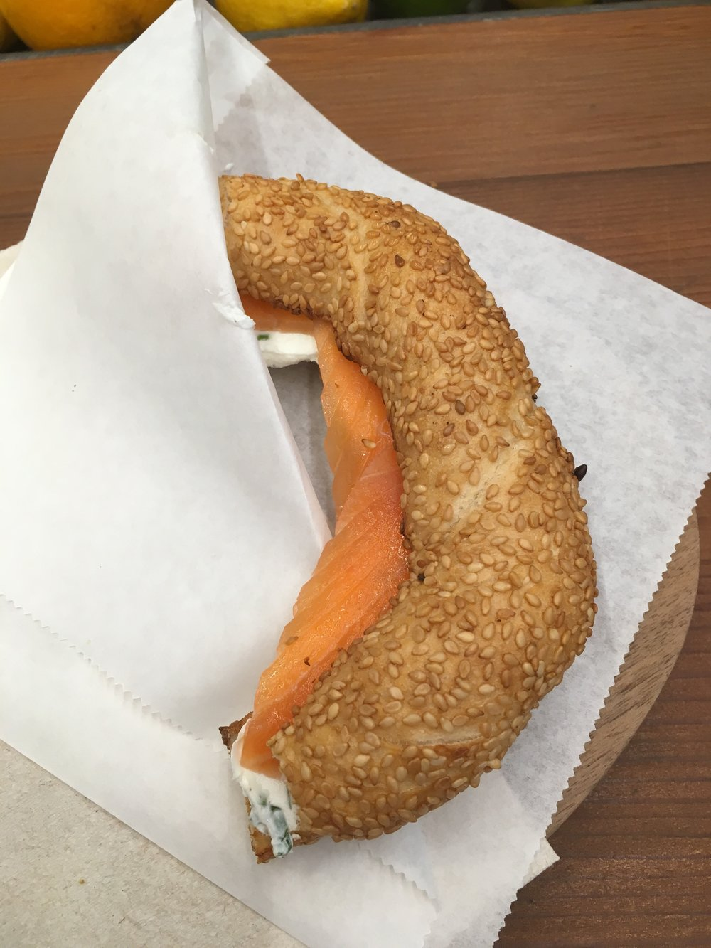 Smoked salmon & labne simit