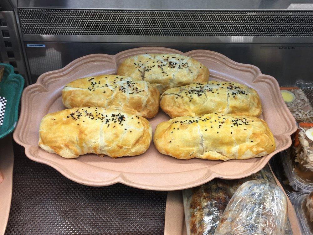 Salmon mushroom pastry