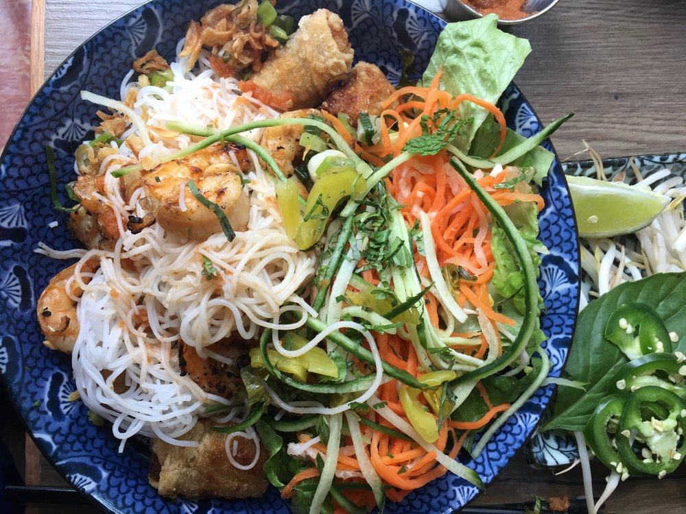 Spring roll/grilled shrimp vermicelli