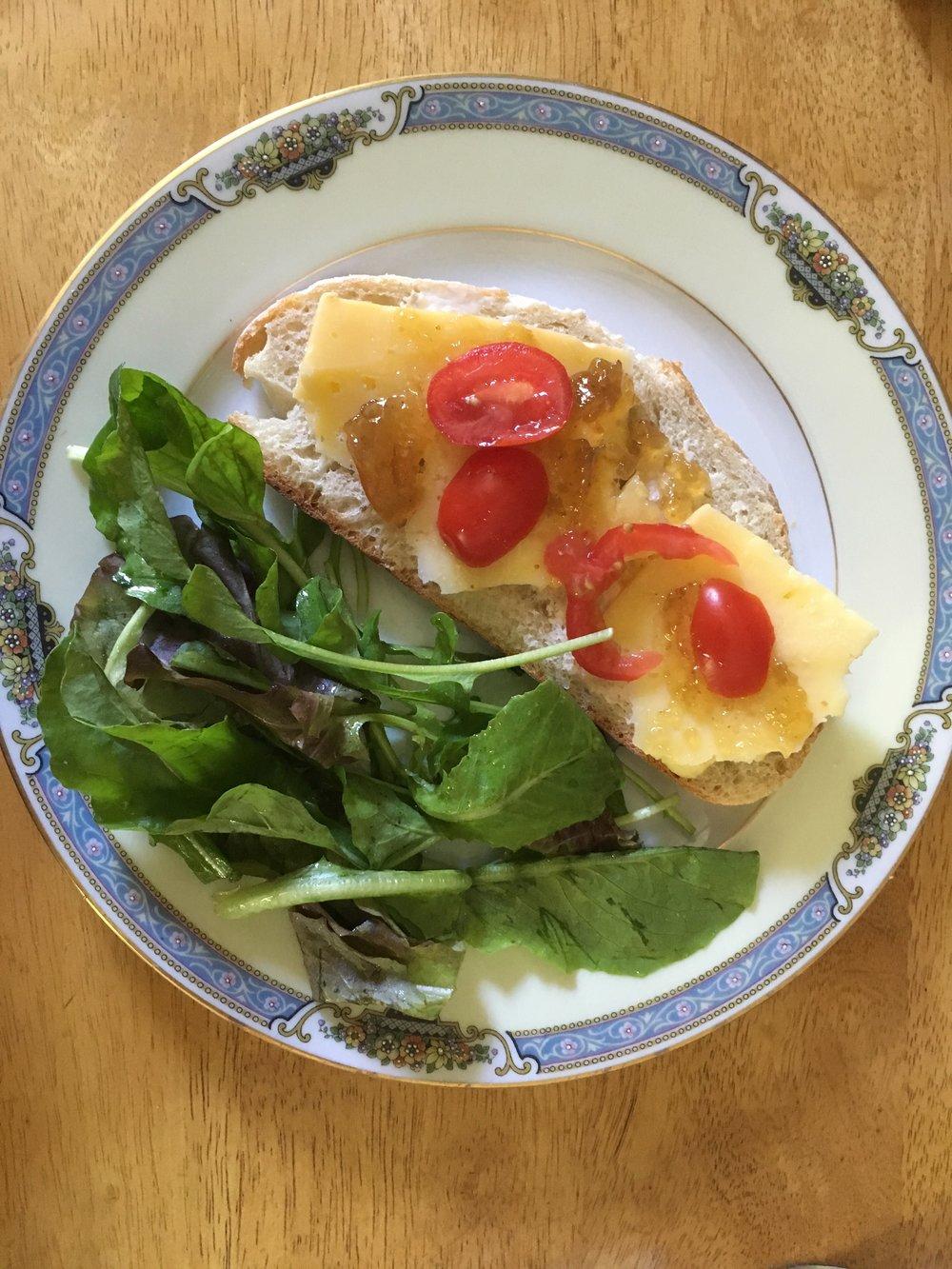 Saugerties farmer's market sandwich
