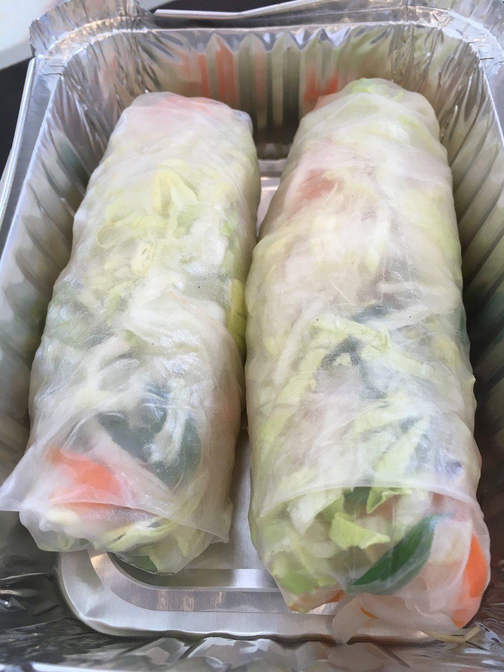 Saiguette vegetarian summer rolls