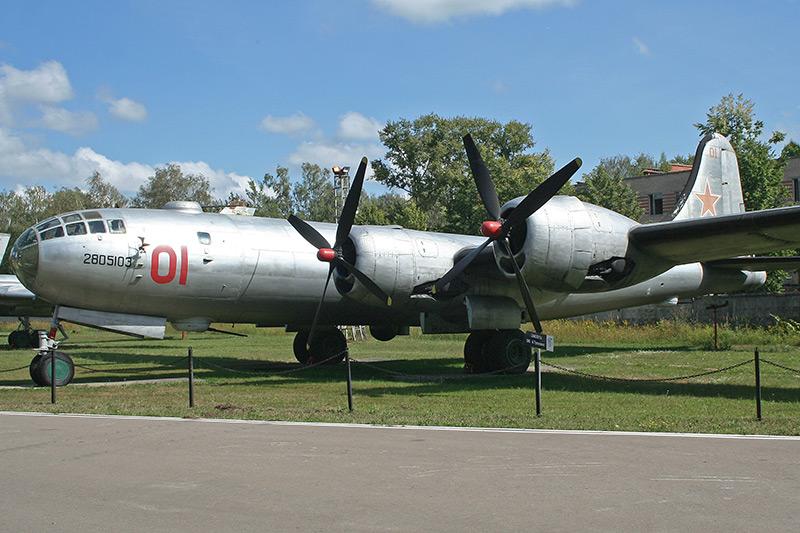 Tu-4_02.jpg