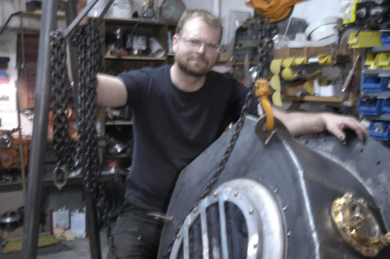 Jonathan Schipper helped me with the metalwork.