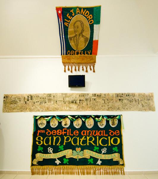 El Primer Desfile de San Patricio Installation, 'Chelsea Visits Havana', Havana Biennial, 2009