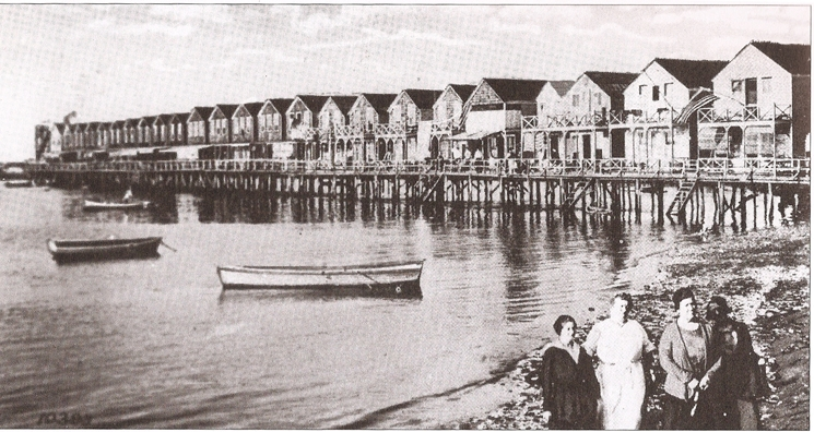 1912 Summer homes at Java Street (now Beach 84th Street)