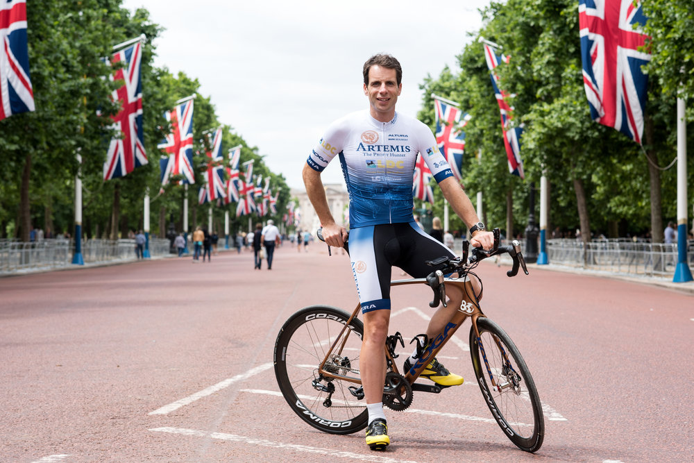 MG_Bikmo_Mark Beaumont_03.jpg