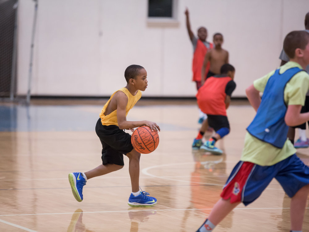 1819_programs_opengym-bball-youth.jpg