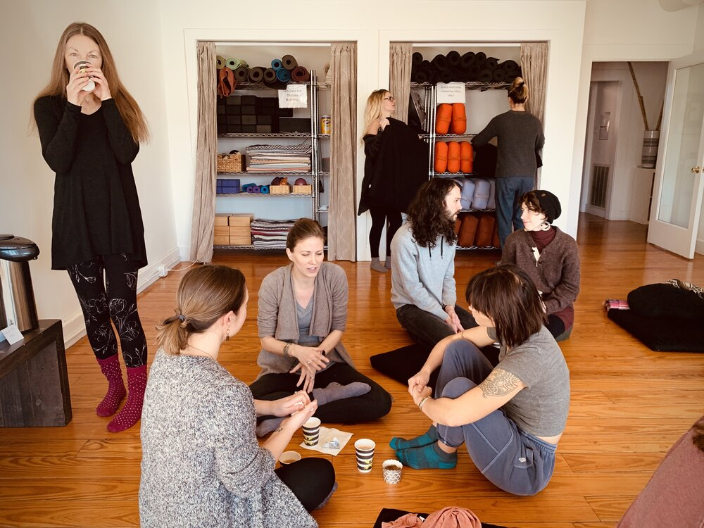 """May 7<br/><a href=""""http://www.ashtangayogarichmond.com/workshops-and-events/"""">Intro to Ashtanga...</a>"""