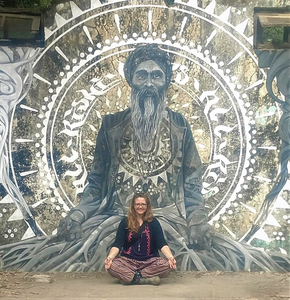"""Apr 7<br/><a href=""""http://www.ashtangayogarichmond.com/workshops-and-events/"""">Intro to Mysore</a>"""