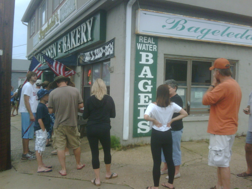 Bageleddi's at LBI