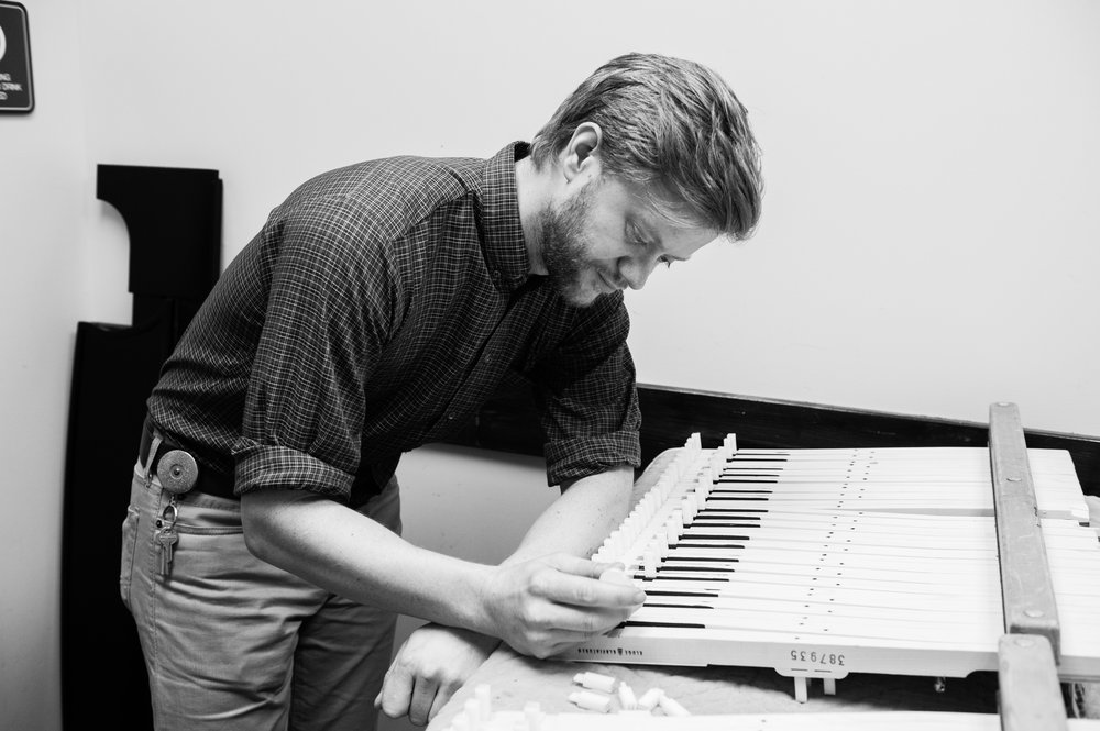 kellys piano-1.jpg