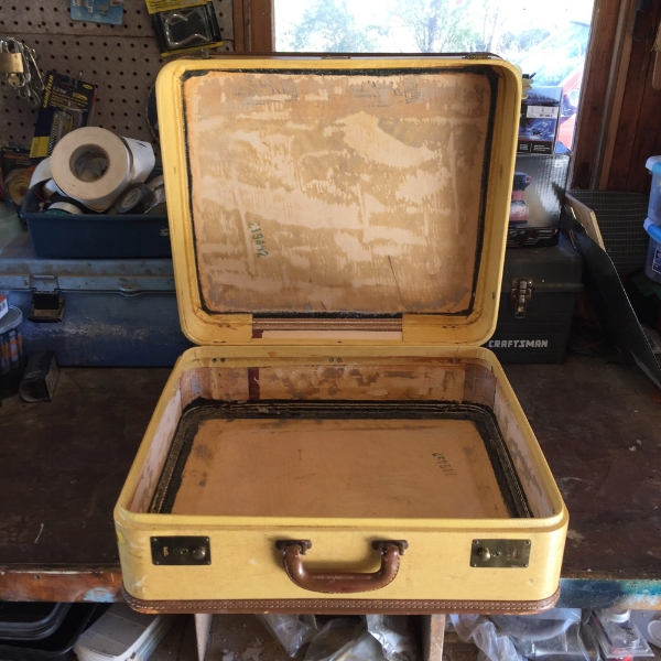 A nice clean suitcase! Now it's ready for a cabinet.