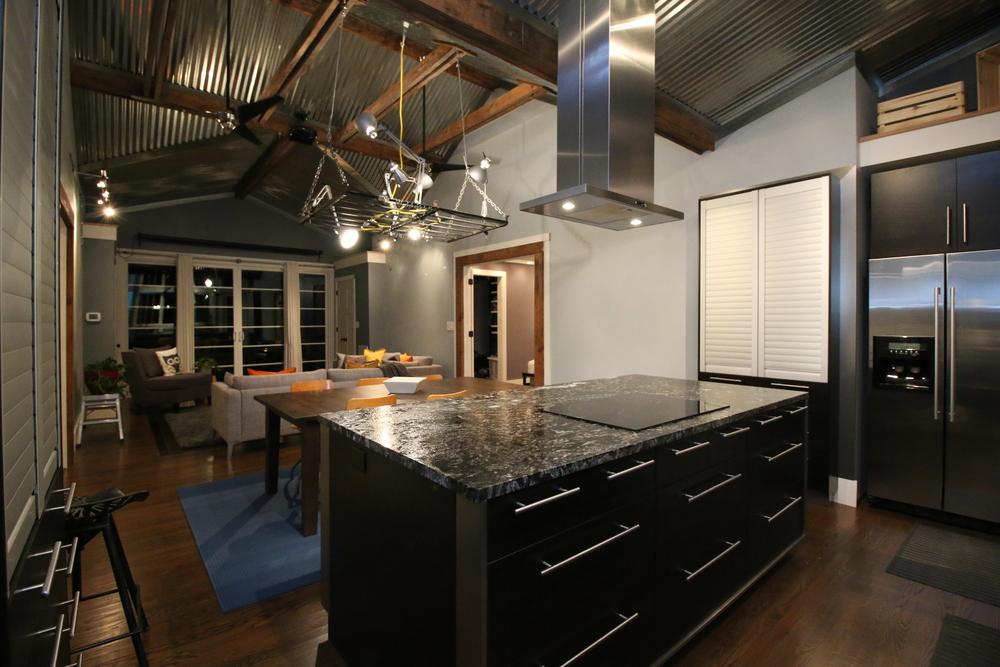 hb-kitchen_02.JPG