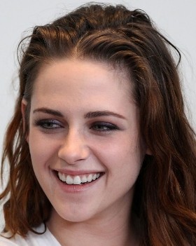 Kristen needs a good shampoo to add the volume back into her hair!