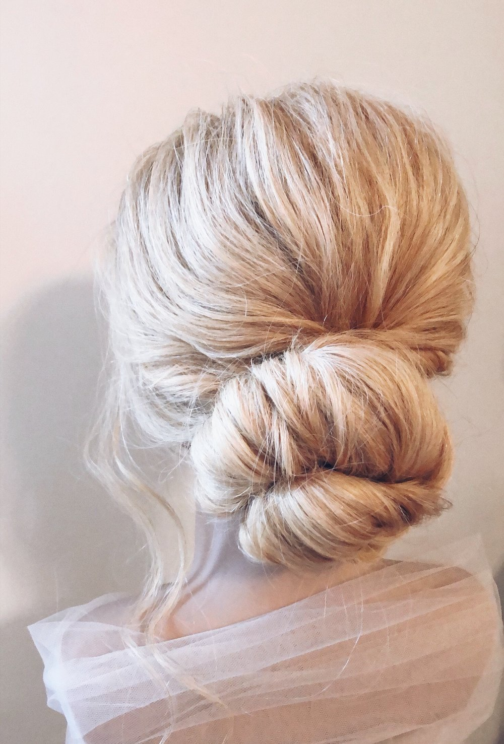 Classic simple low bun