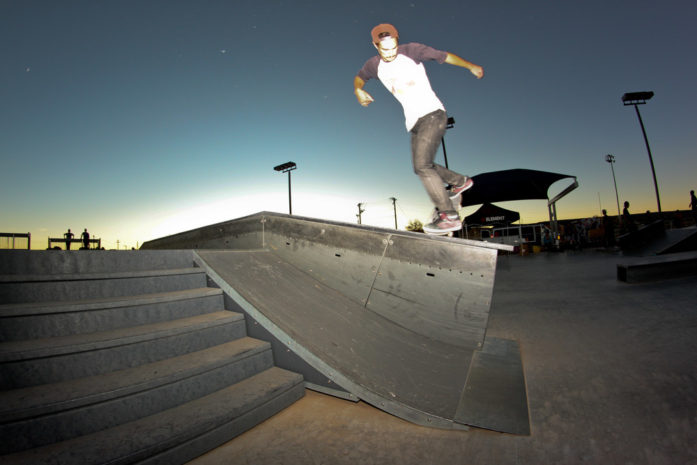dylan-bs-nose-blunt-at-twilight_8147084660_o.jpg