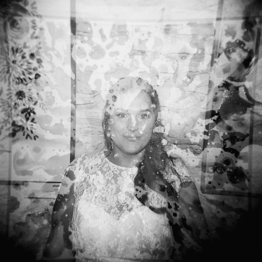 HOLGA-FILM-WEDDING-PHOTOGRAPHER_009.jpg