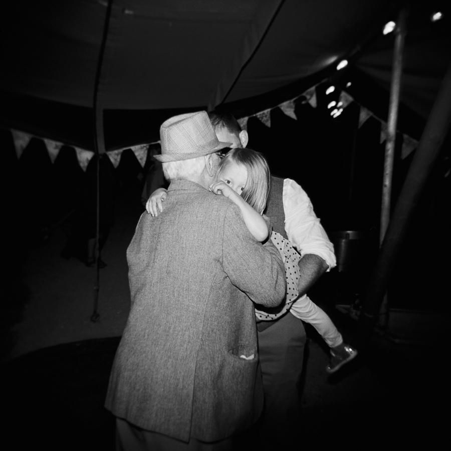 HOLGA-FILM-WEDDING-PHOTOGRAPHER_017.jpg