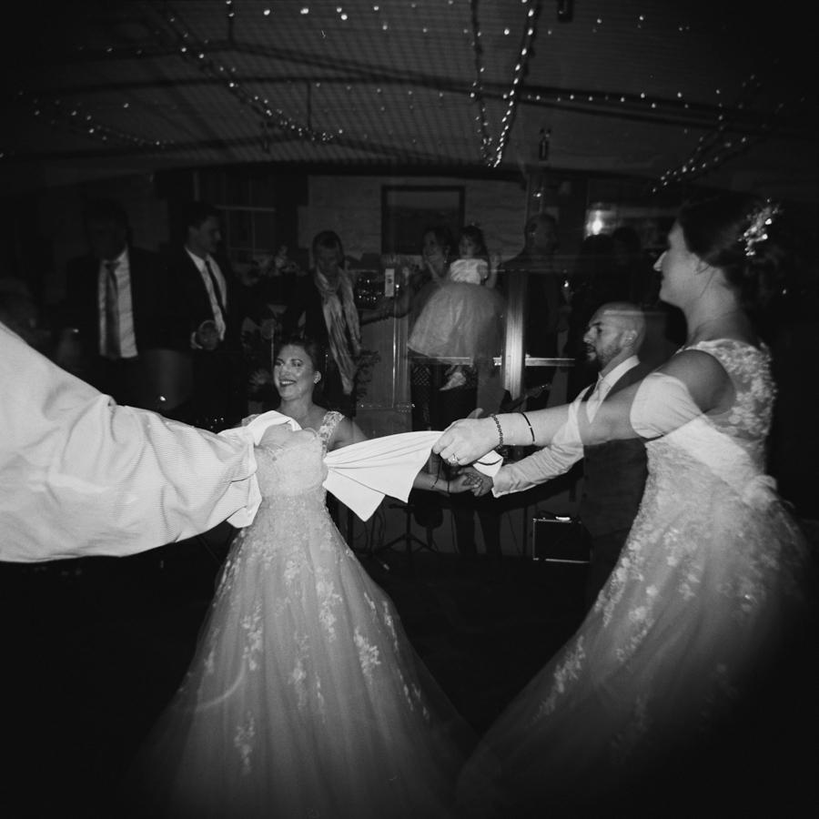 HOLGA-FILM-WEDDING-PHOTOGRAPHER_029.jpg