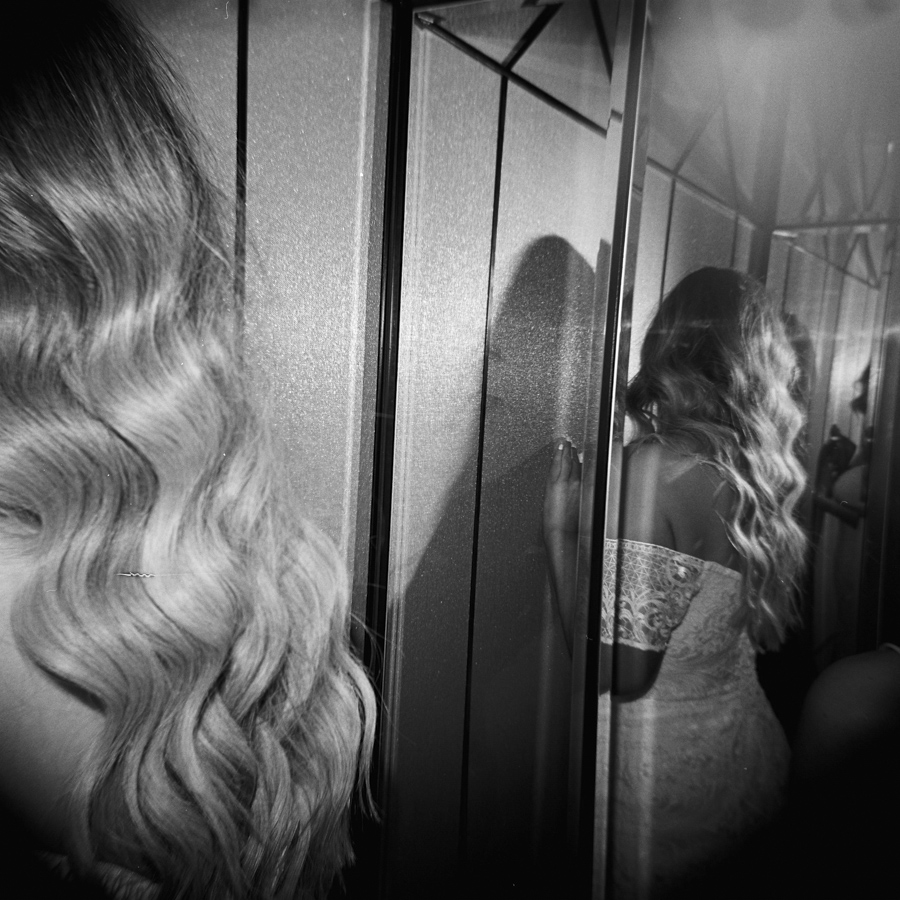 HOLGA-FILM-WEDDING-PHOTOGRAPHER_118.jpg