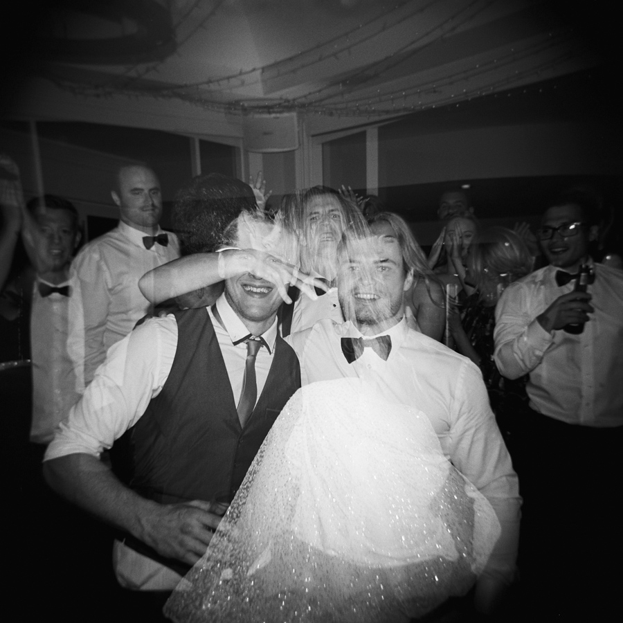 HOLGA-FILM-WEDDING-PHOTOGRAPHER_120.jpg