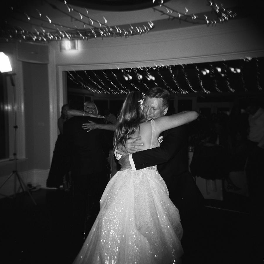 HOLGA-FILM-WEDDING-PHOTOGRAPHER_123.jpg
