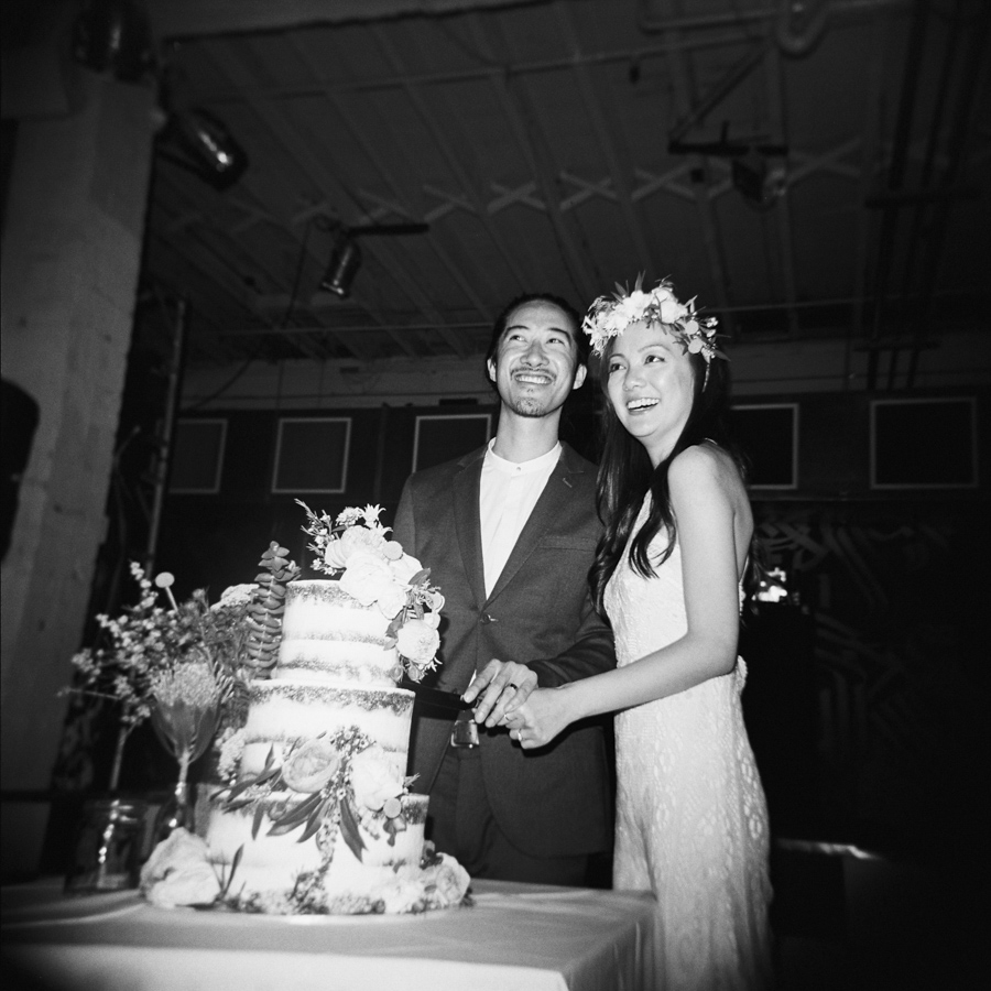 HOLGA-FILM-WEDDING-PHOTOGRAPHER_158.jpg