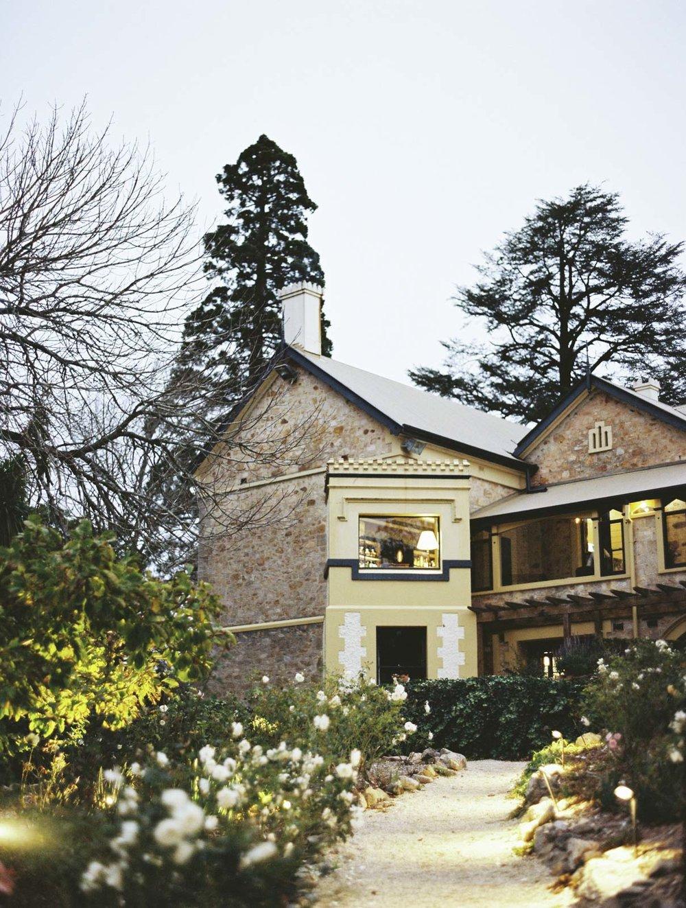 MOUNT-LOFTY-HOUSE-WEDDING-PHOTOGRAPHY_0047.jpg