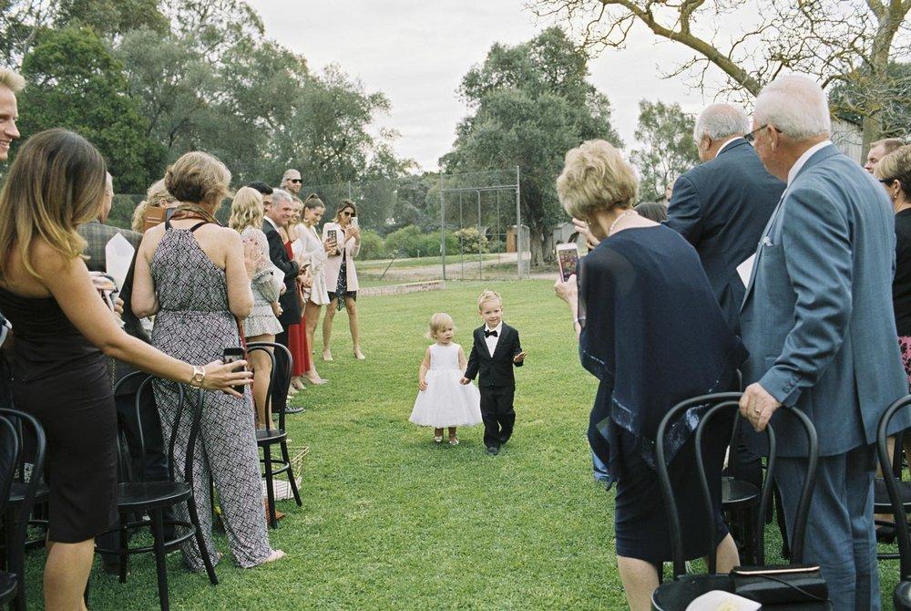 SALTRAMS-BAROSSA-WEDDING-PHOTOGRAPHER_0016.jpg