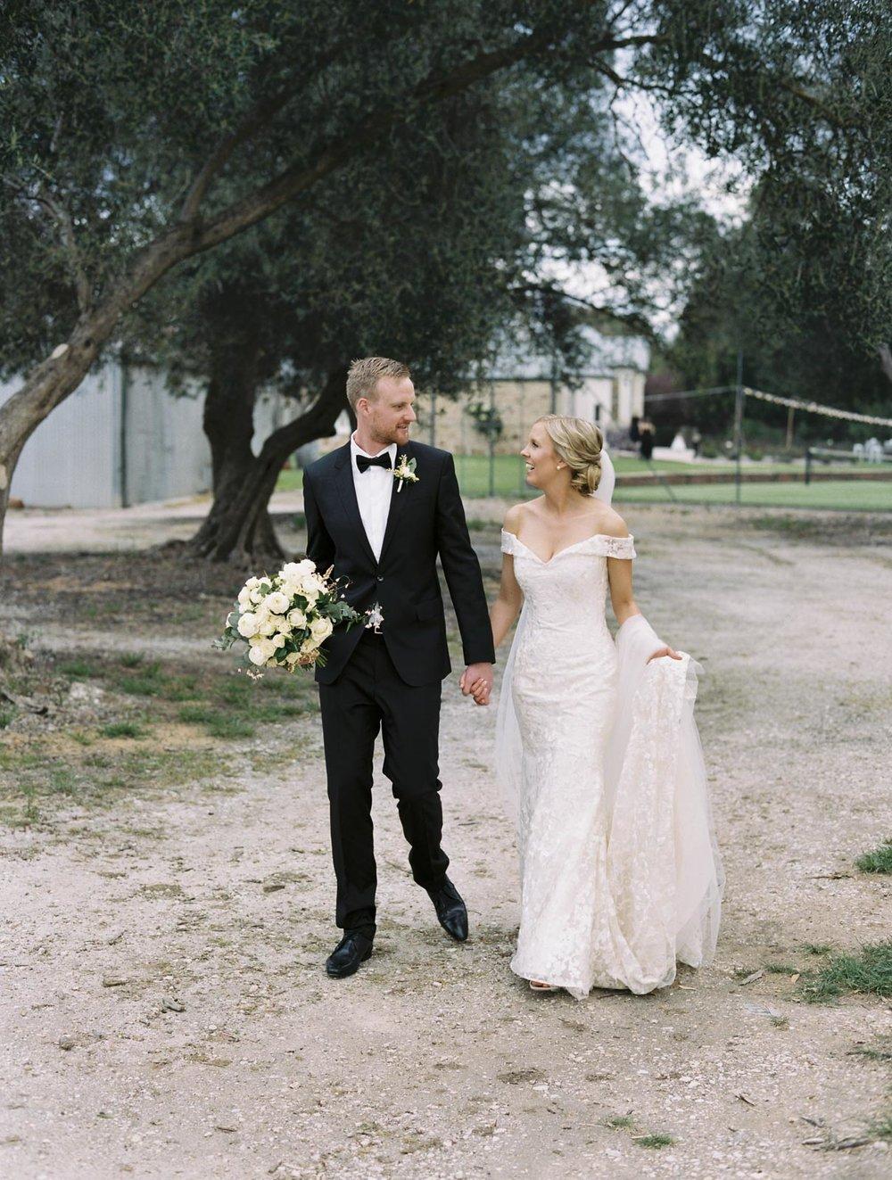 SALTRAMS-BAROSSA-WEDDING-PHOTOGRAPHER_0039.jpg