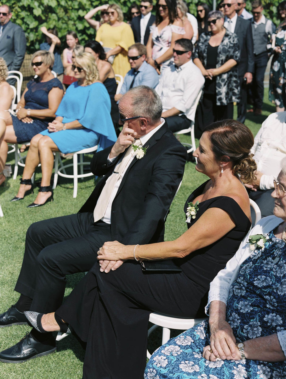 PAXTON-WINERY-MCLAREN-VALE-WEDDING_0021.jpg