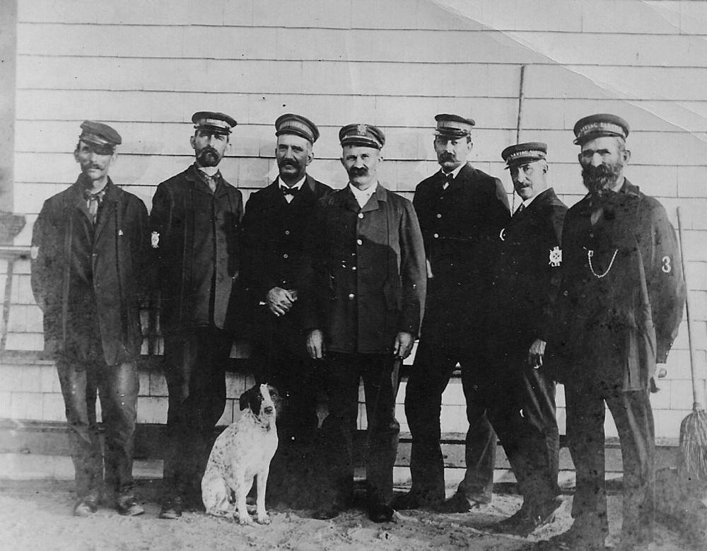 Rescue Squad 1900-1.jpg