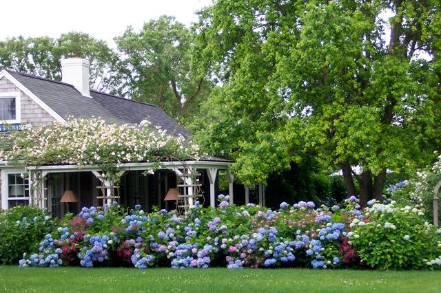 Nantucket Gardens Apartments | St. Louis, MO Apartments