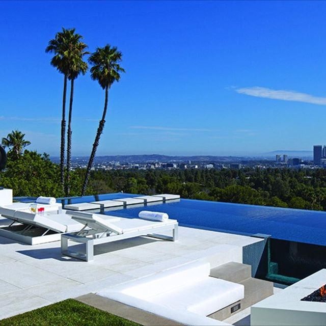 #californiadreaming with this @theagencyre listing. #summervacation will be here soon.