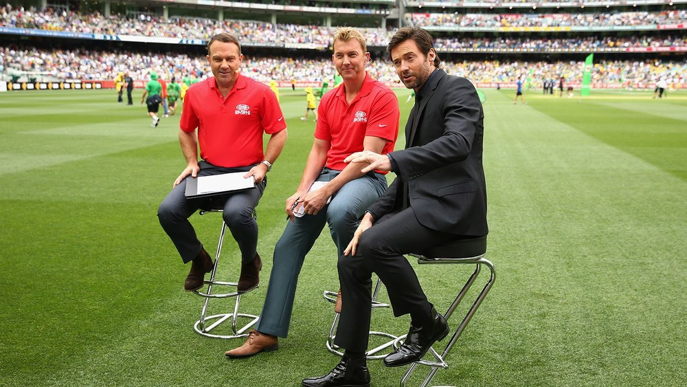 Hugh Jackman (right) takes time to chat on The Cricket Show. Photo: Getty Images