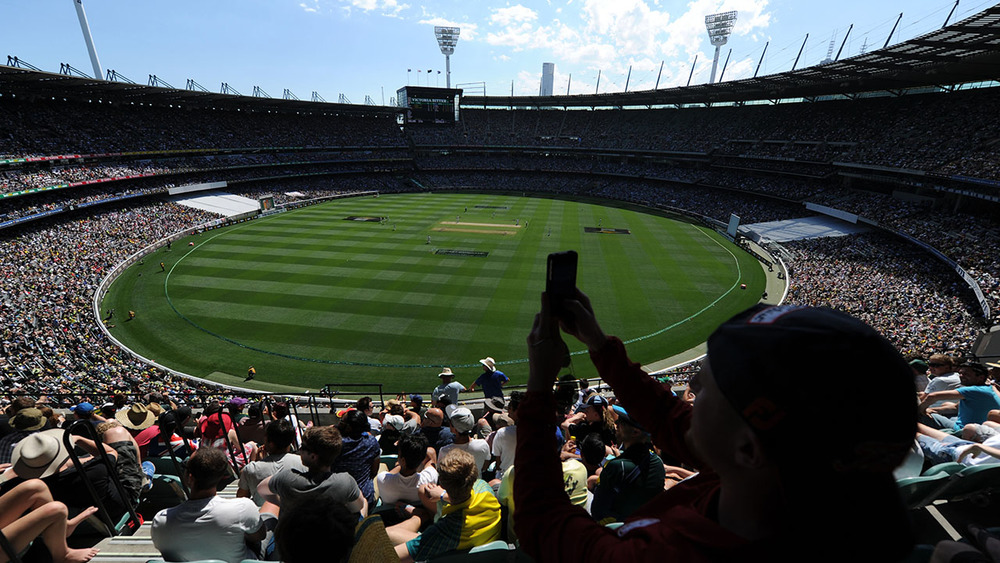 The Commonwealth Bank Boxing Day Test draws in tens of thousands of cricket fans. Photo: Getty Images.