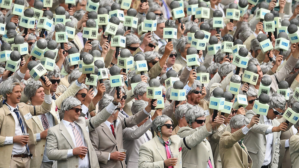 A sea of Richie Benaud fans pay tribute to the late Channel Nine commentator during the Pink Test at the Sydney Cricket Ground. Photo: Getty Images.