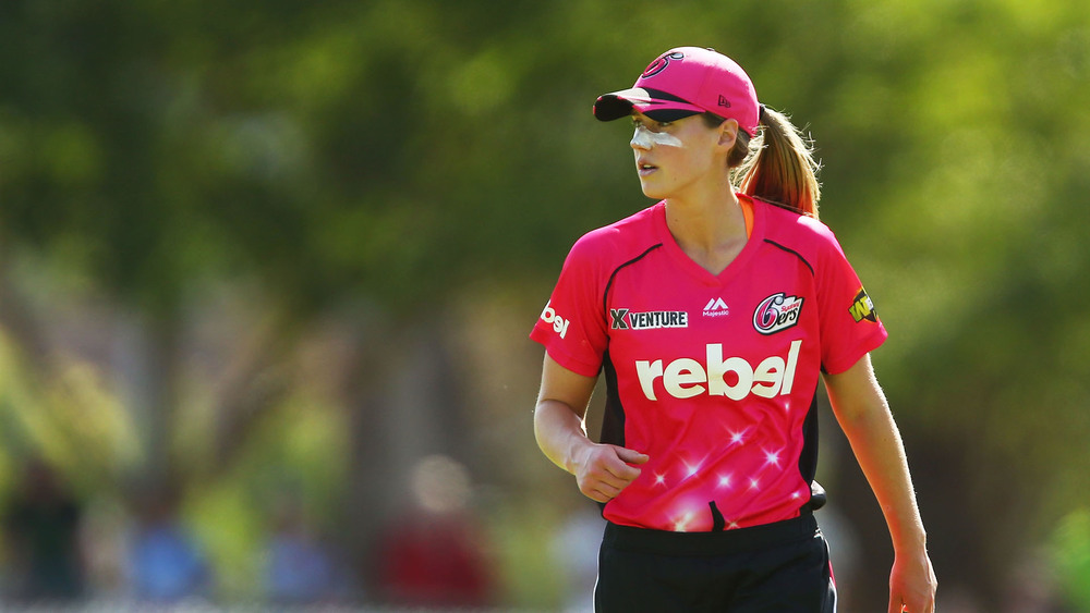 Ellyse Perry from the Sydney Sixers. Photo: Getty Images.