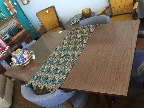 Dining Room Tables That Say Something