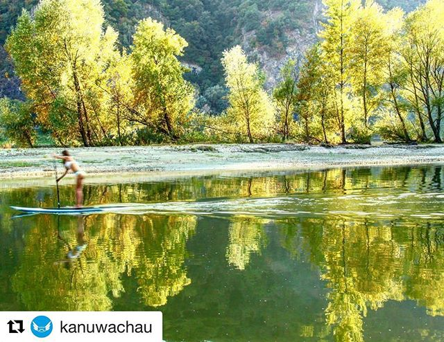 Gorgeous Autumn in Austria. #suphire #kayakhire