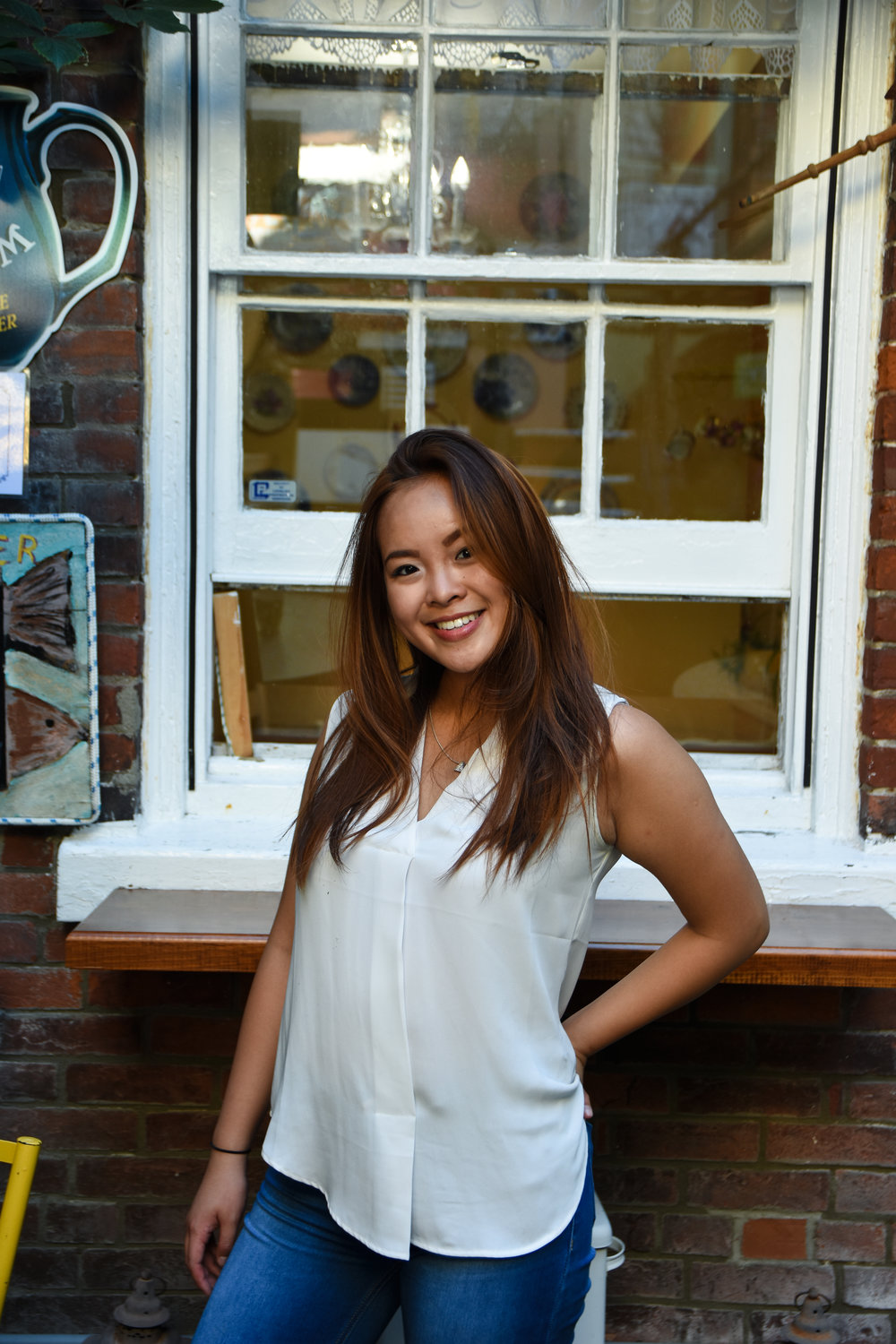 Claire Zhou / Tech & Stage Intern